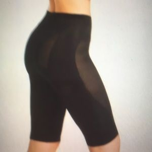 Lot of 2 shapers mid thigh black NWT